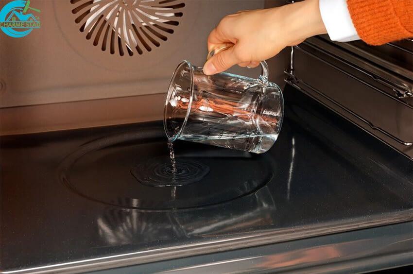 charme_stad_com_använd-inte-kemiska-baserade-rengöringsmedel-i-självrengörande-ugnar